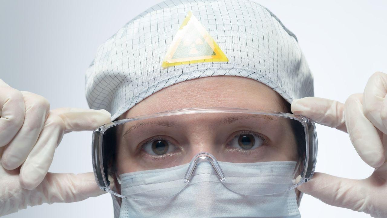 radiation protective eyewear